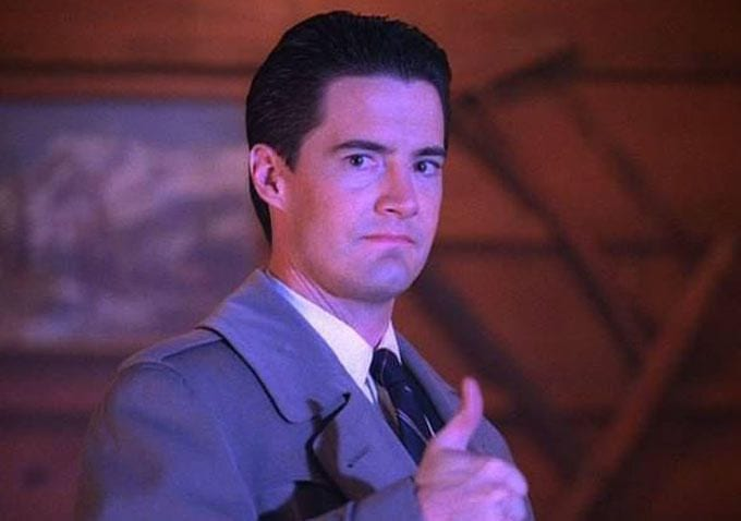 Agent Cooper thumbs up