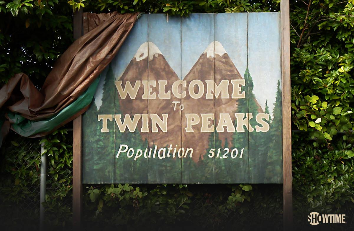 The Welcome to Twin Peaks sign