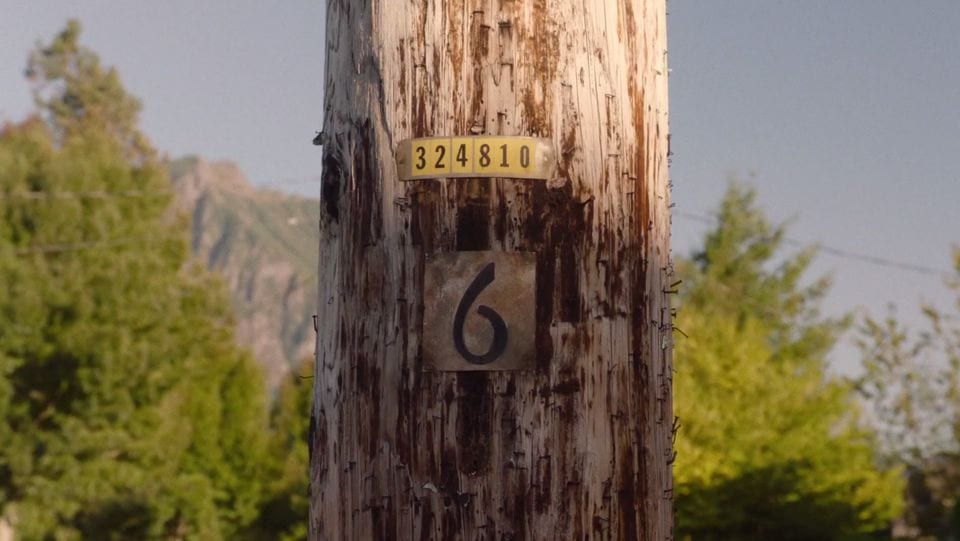 The number 6 on a telegraph poll twin peaks