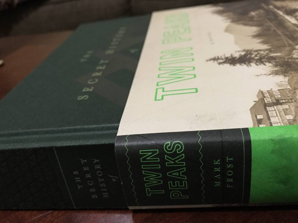 The Secret History of Twin Peaks book, on an angle so its title is readable both on its spine and its front cover.