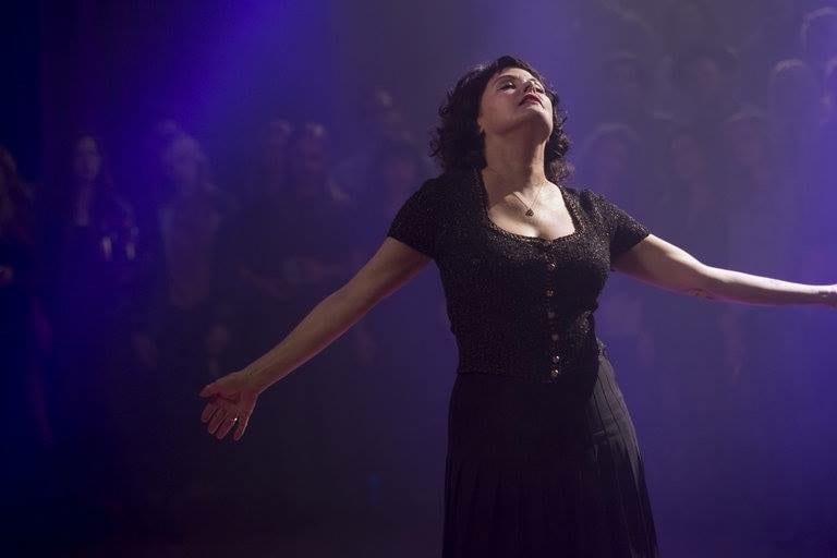 Audrey Horne dancing