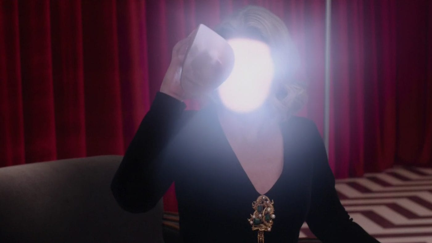 Laura Palmer removes her face to reveal a bright white light