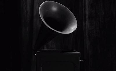 a gramophone from Twin Peaks S3