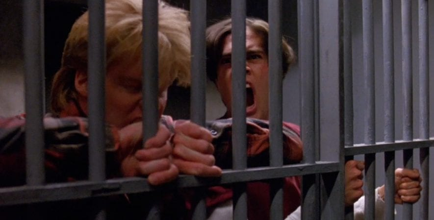 Mike and Bobby in police cell barking like dogs in Twin Peaks