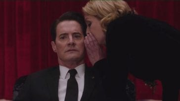 Laura Palmer whispers in dale coopers ear