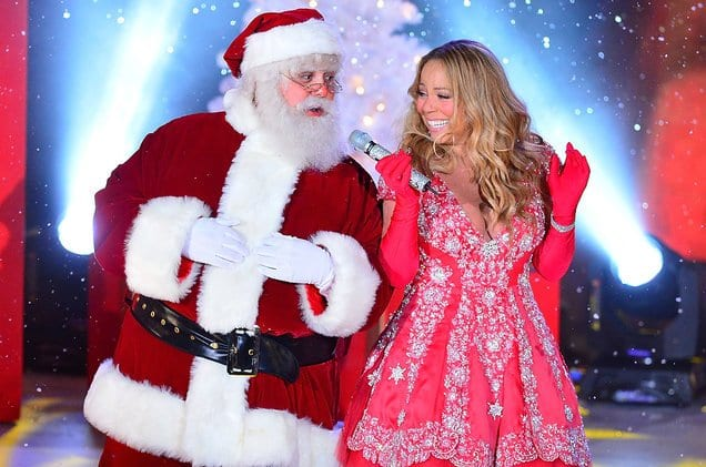 1513660425_mariah-carey-tree-lighting-christmas-satna-2013-billboard-1548(1)
