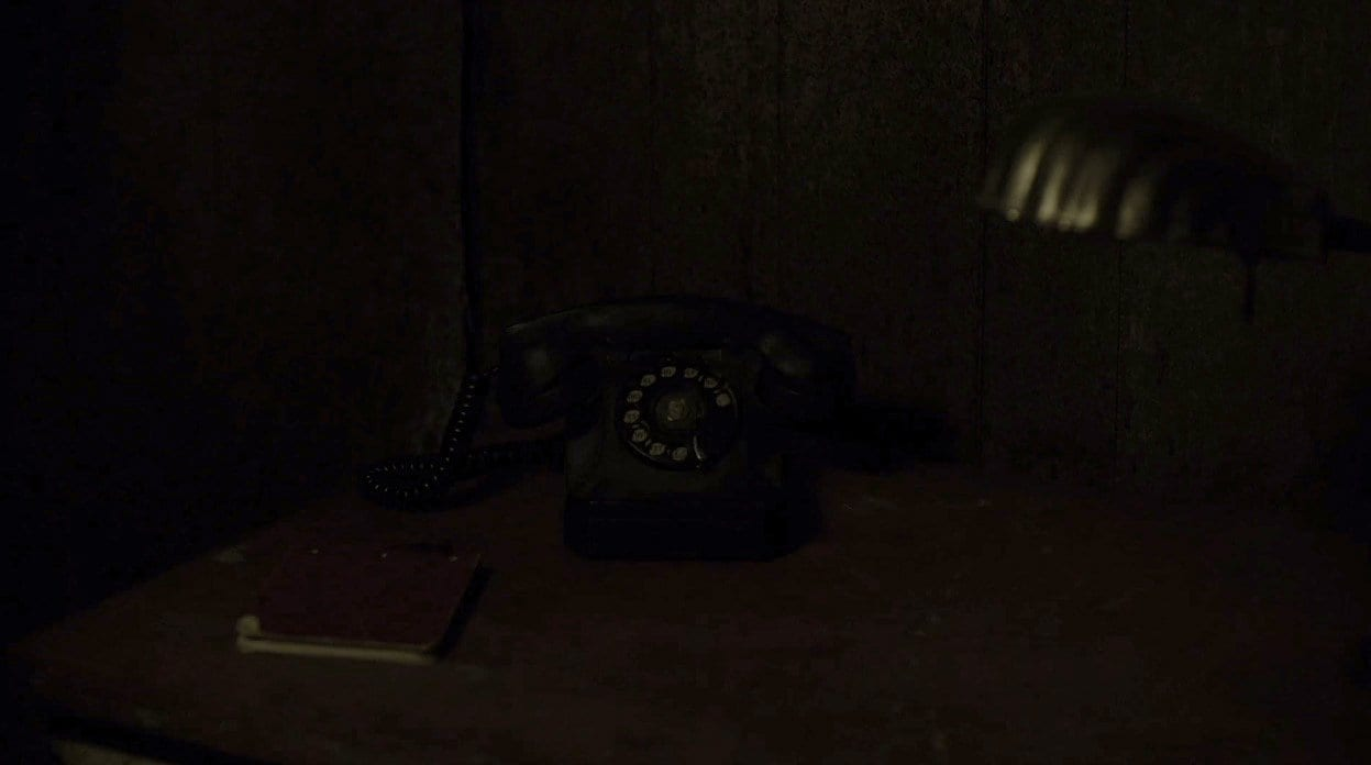 telephone ringing at the dutchmans