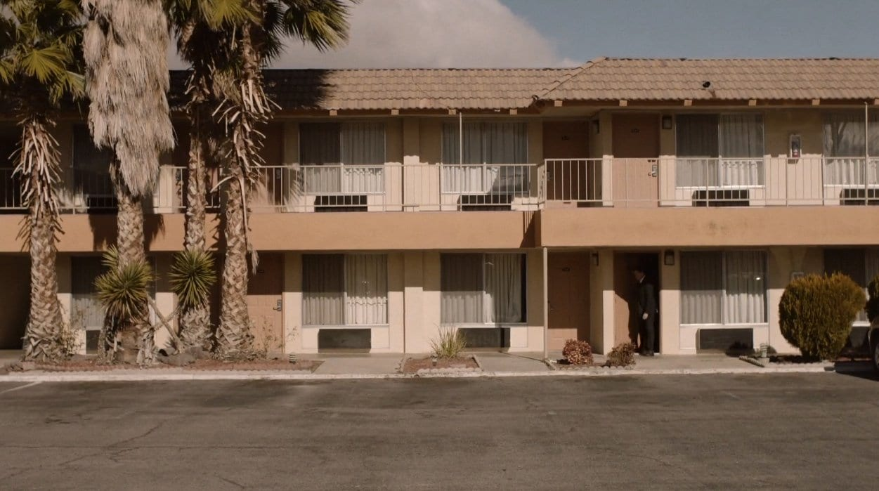 outside view of pearblossom motel in the past