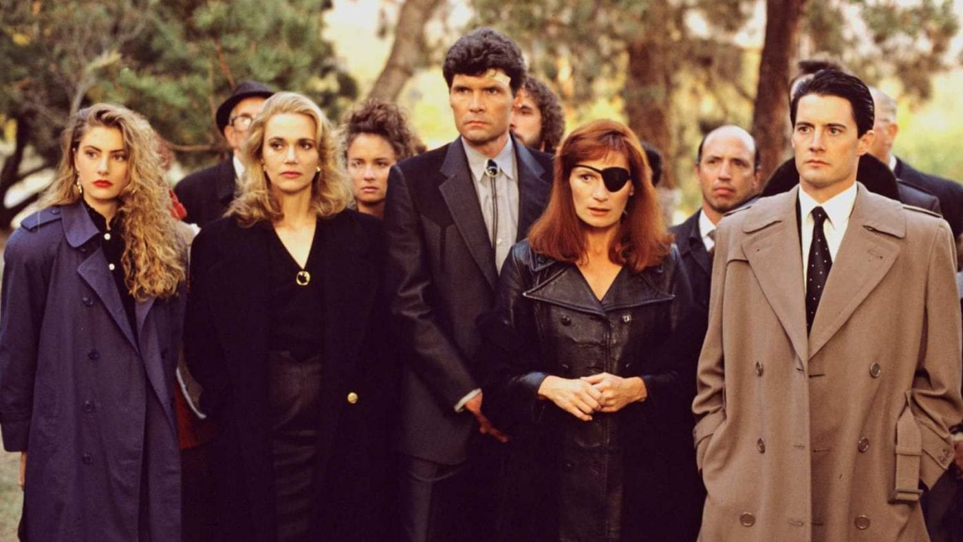 Shelly, Norma, Ed, Nadine and Cooper at Laura Palmers funeral