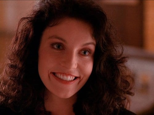 Maddy Ferguson smiling, played by Sheryl Lee