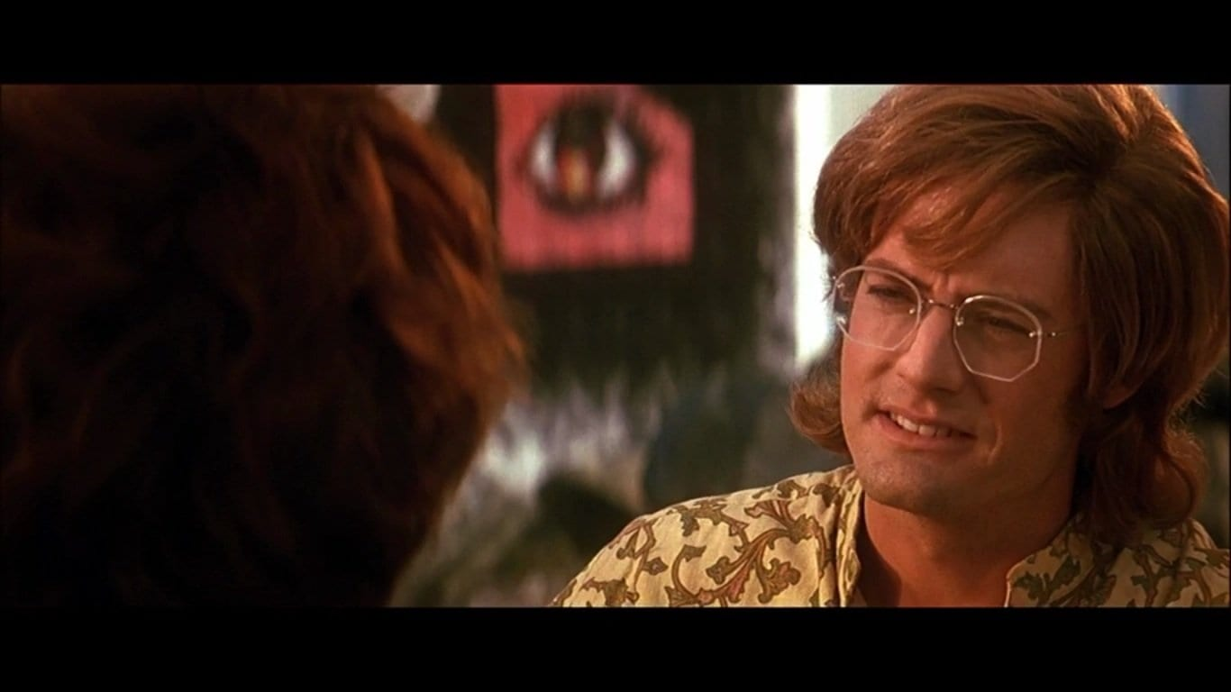 Kyle MacLachlan as Ray Manzarek in The Doors