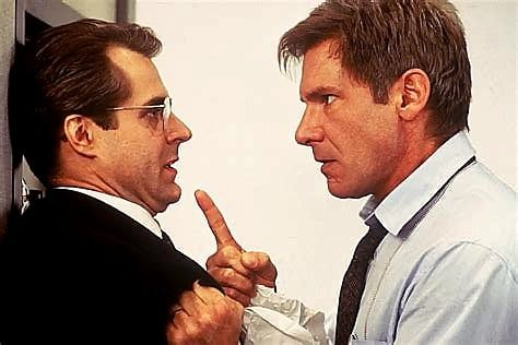 Harrison Ford and Henry Czerny in Clear and Present Danger