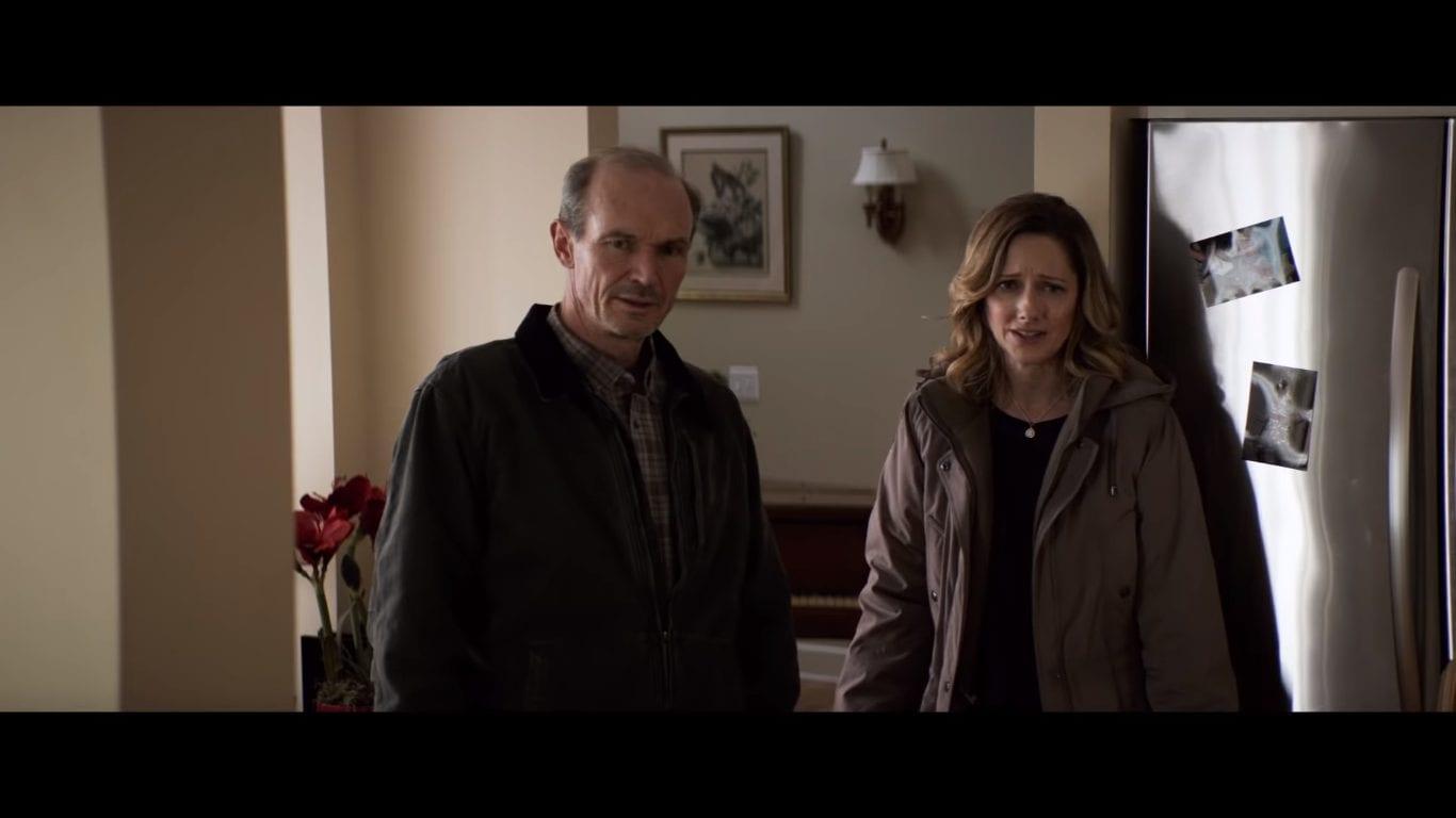 Ray (Toby Huss) and Karen (Judy Greer) in Halloween