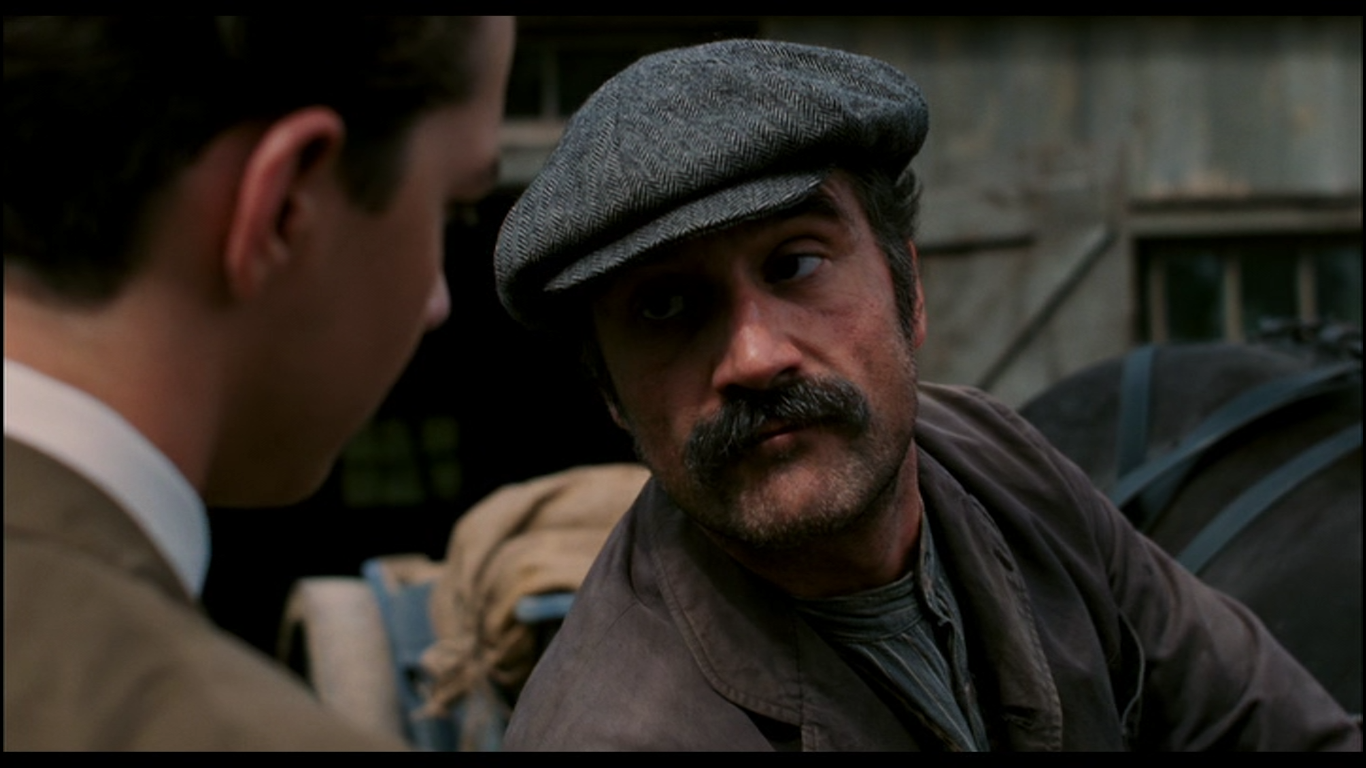 Elias Koteas as Arthur Ouimet in The Greatest Game Ever Played