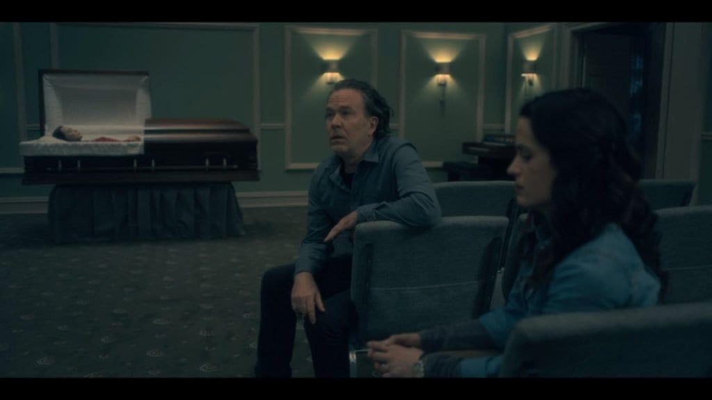 Timothy Hutton and Elizabeth Reaser as Hugh and Shirley Crain, The Haunting of Hill House