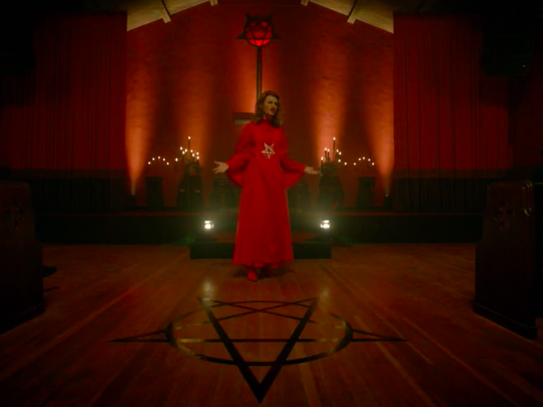 Hannah, played by Sandra Bernhardt in American Horror Story: Apocalypse