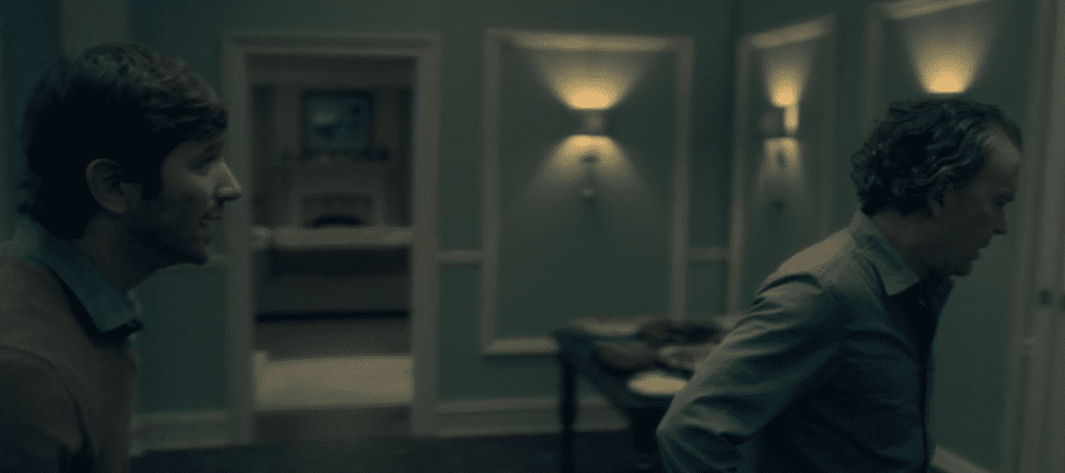 Steve argues with Hugh in Netflix's The Haunting of Hill House