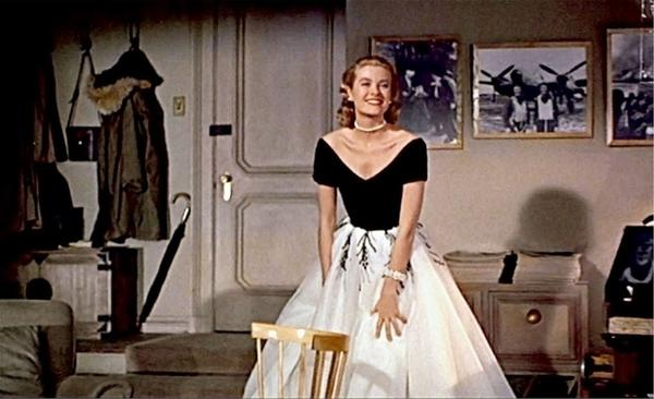 Grace Kelly stars as Lisa in Alfred Hitchcocks, Rear Window