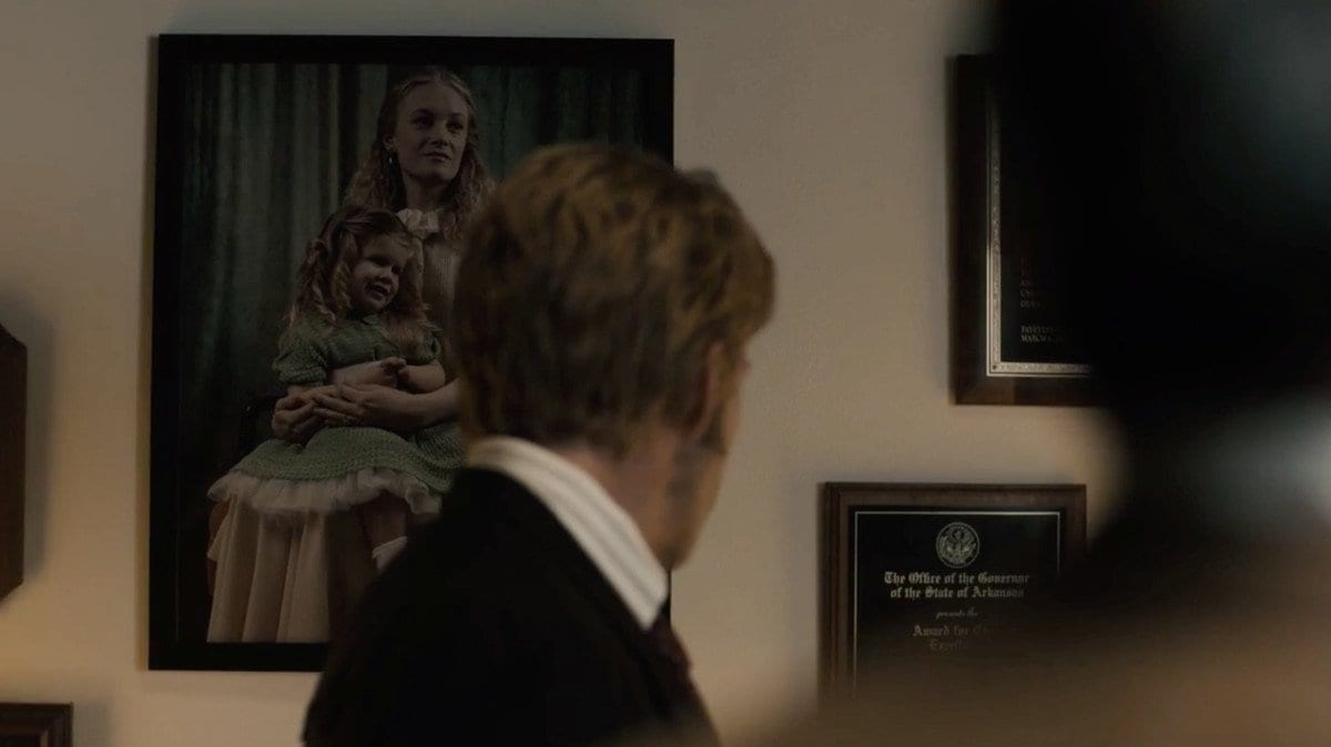 A picture of Isabel Hoyt in the office of Harris James, True Detective S3