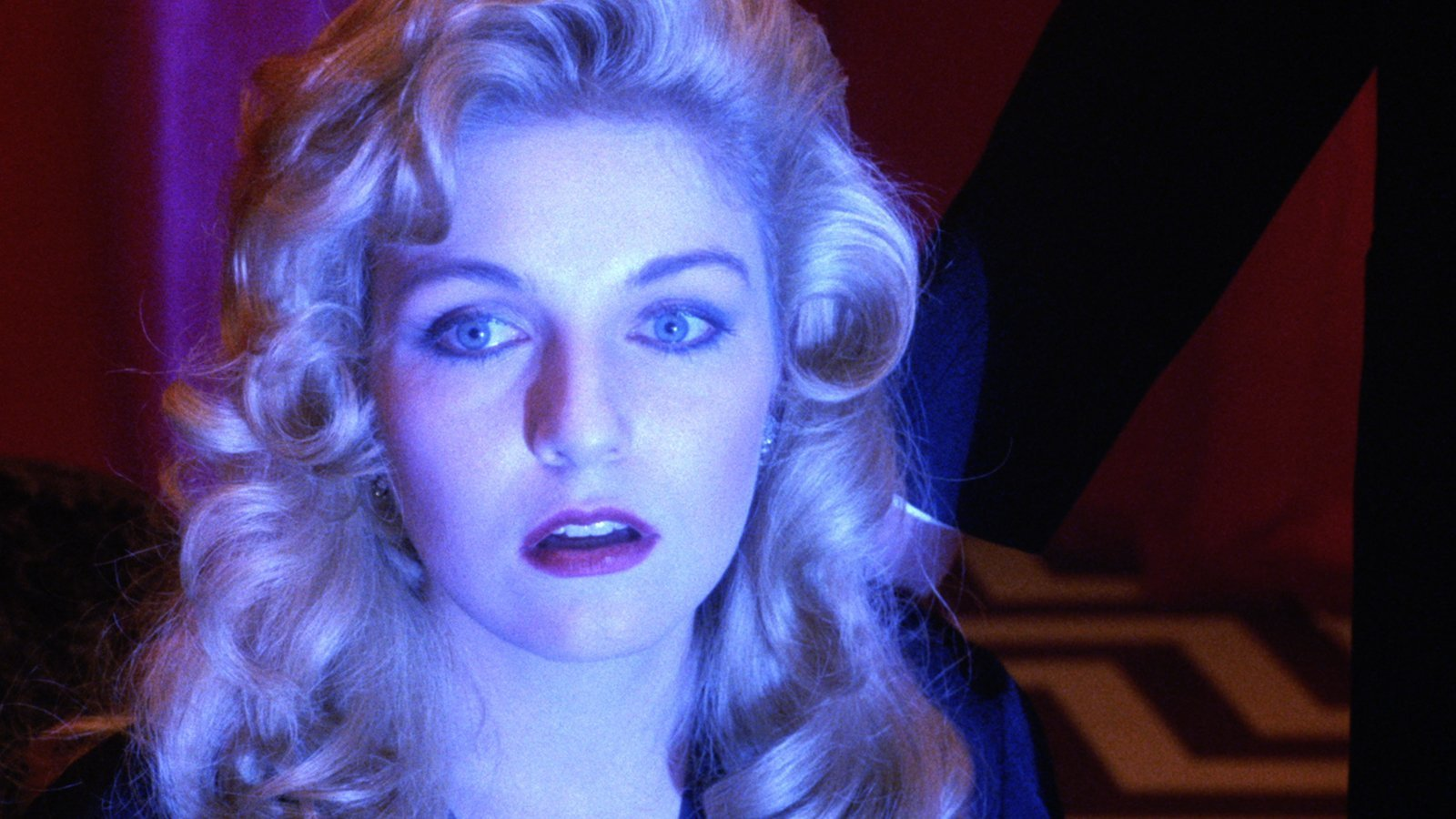 Fire Walk With Me, Laura Palmer bathed in blue light