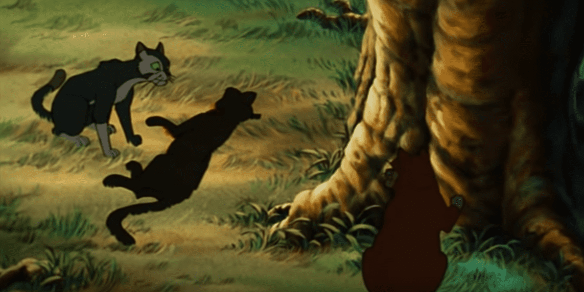 In Felidae, Francis discovers the corpse in his backyard and meets Bluebeard.