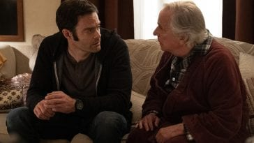 Bill Hader and Henry Winkler sit on a couch in HBO's Barry