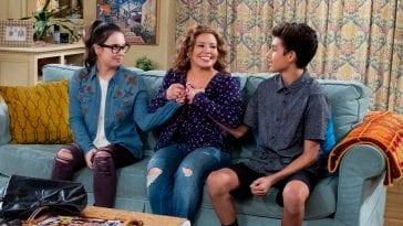 Penelope Alvarez bonds with her kids.