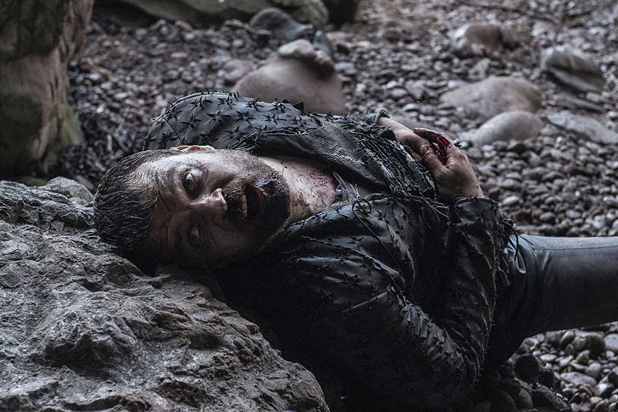 "Euron Greyjoy dies in a cave in Game of Thrones ""The Bells"""