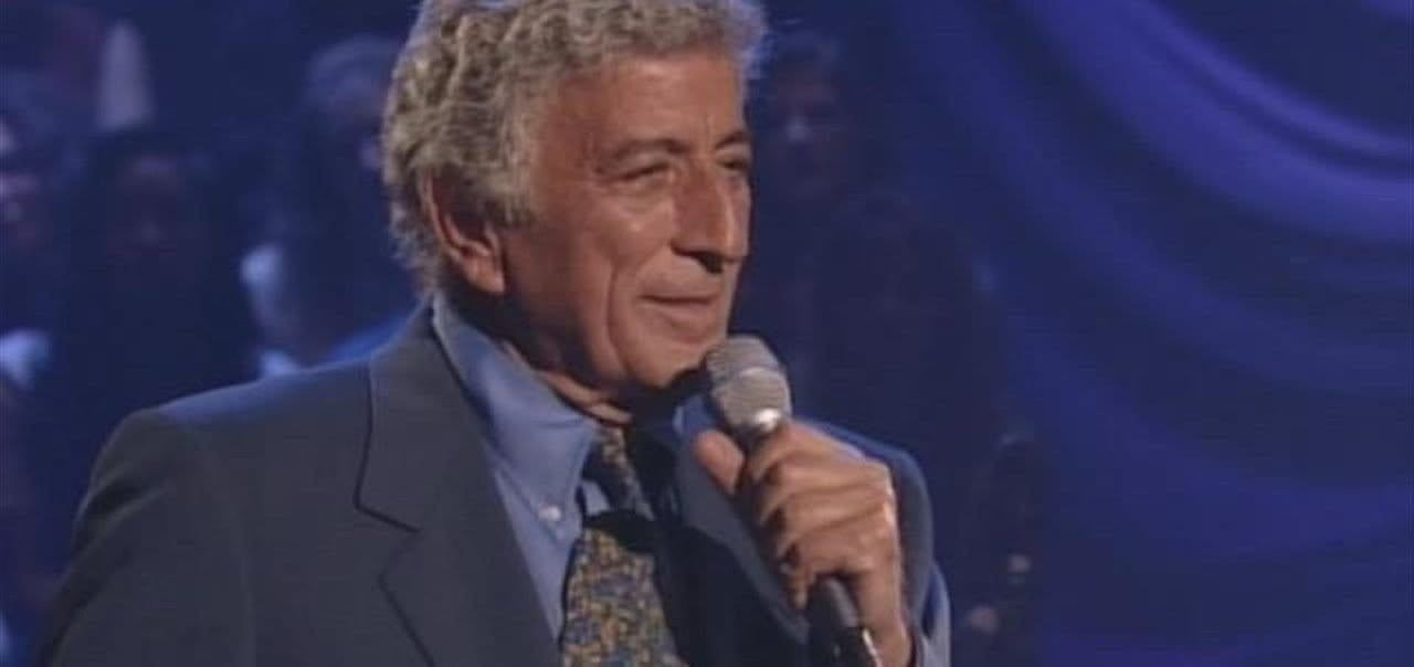 Tony Bennett singing on MTV Unplugged in 1994