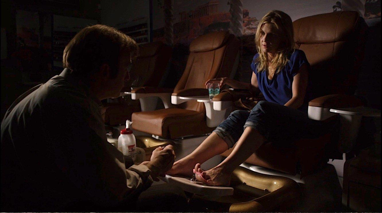 Jimmy gives Kim a pedicure at the nail salon