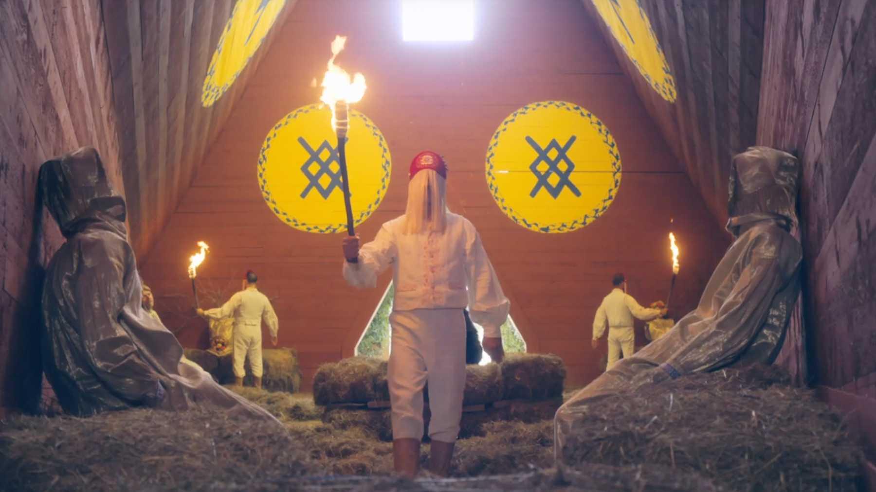Ritual killing in Midsommar