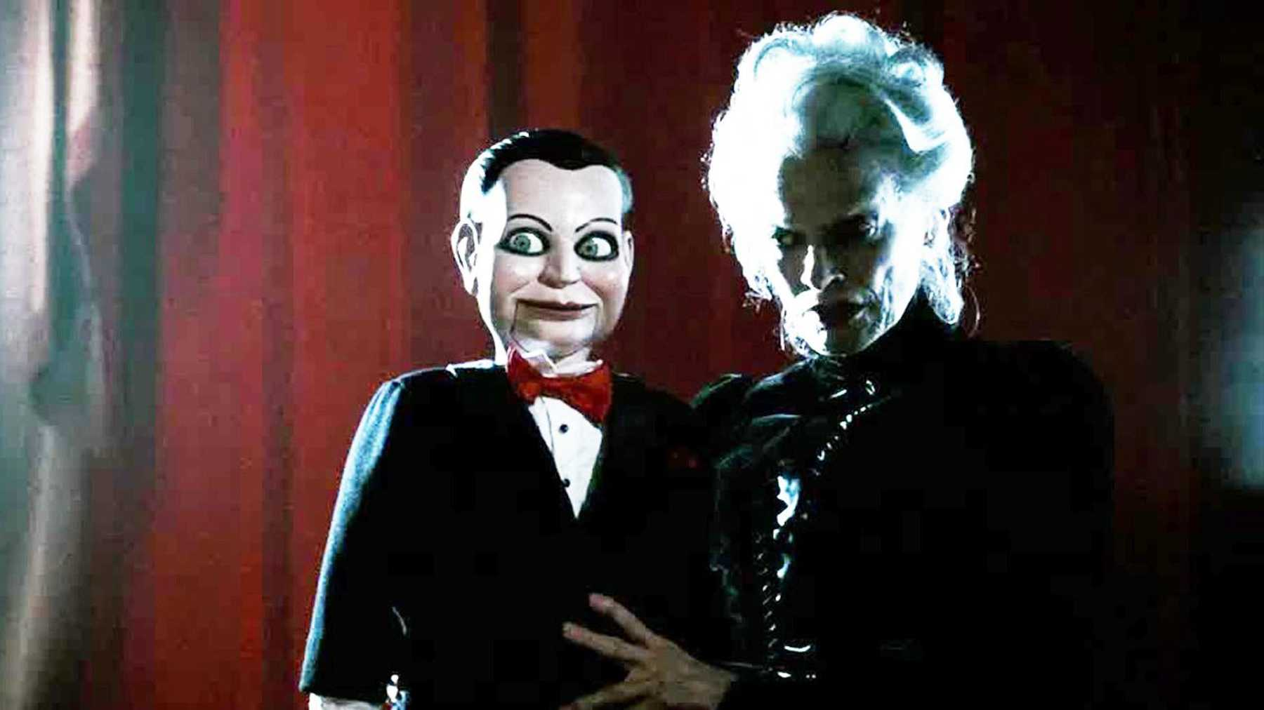 Ventroliquist Mary Shaw (Judith Roberts) and her dummy Billy in James Wan's Dead Silence (2007).