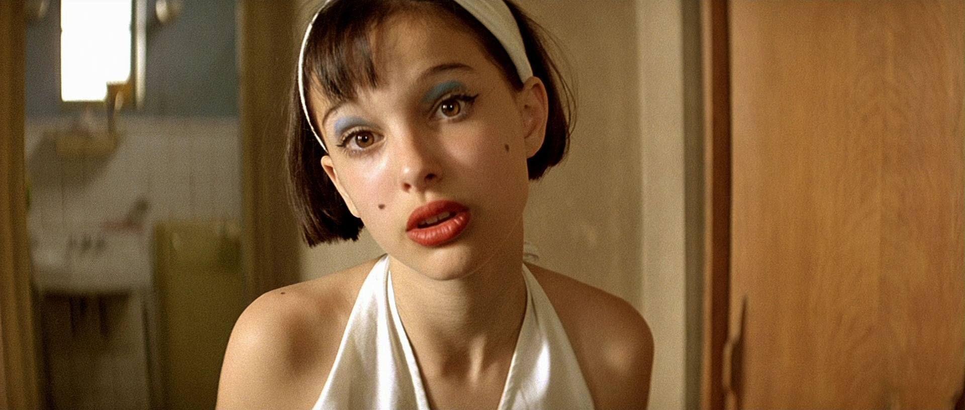Mathilda dressed as Marilyn Monroe in Leon