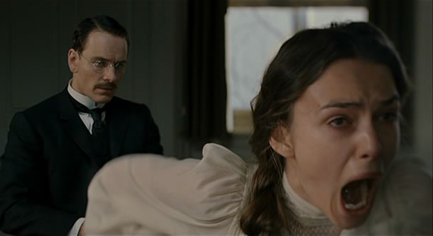 Carl Jung treats a female mental patient who is screaming in a Dangerous Method
