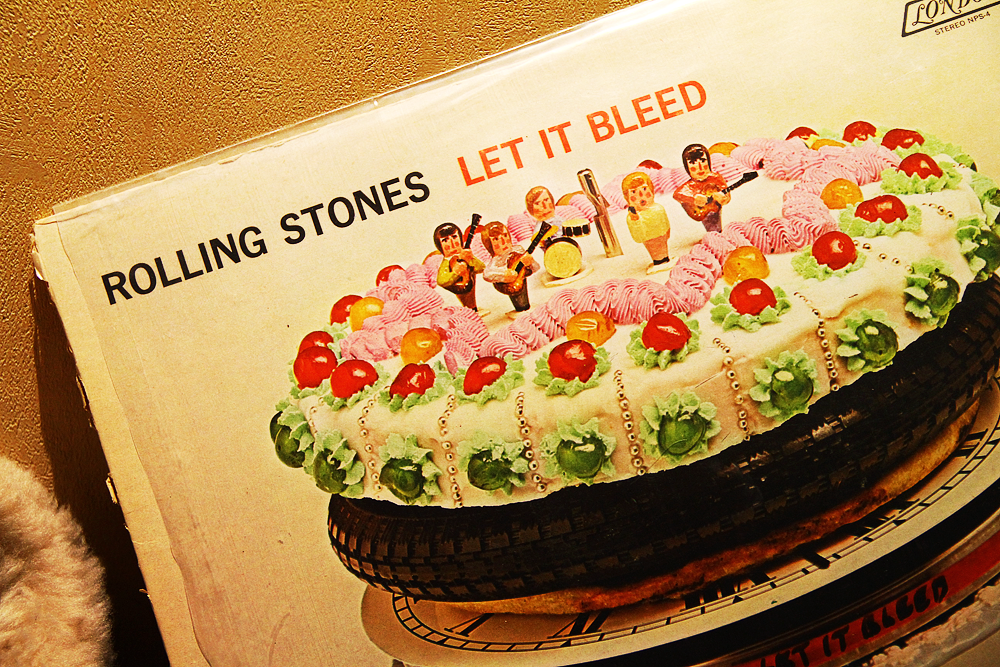 Rolling Stones, Let It Bleed album artwork
