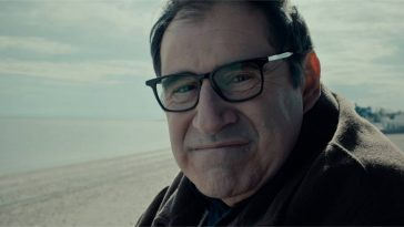 Felix (Richard Kind) gazes into the eyes of his imagined virtual assistant.