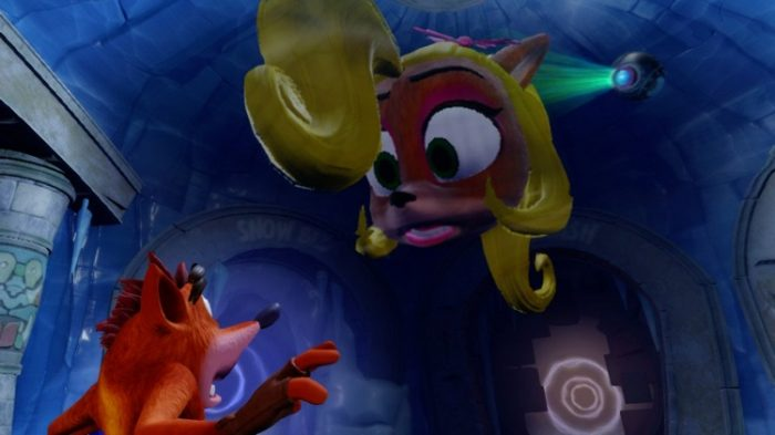 A hologram of Coco warns Crash about trusting Cortex
