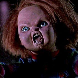 the chucky doll with a knife