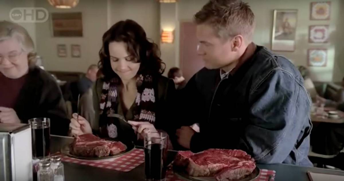 "Molly Caffrey (Carla Gugino) and Sean Cavennaugh (Brian Van Holt) go undercover in a town full of Infected in the series ""Threshold""."
