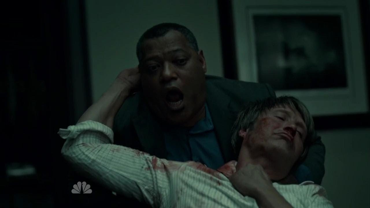 In the middle of a gruesome fight, Dr Lecter reaches behind and stabs Crawford in the neck with a piece of broken glass