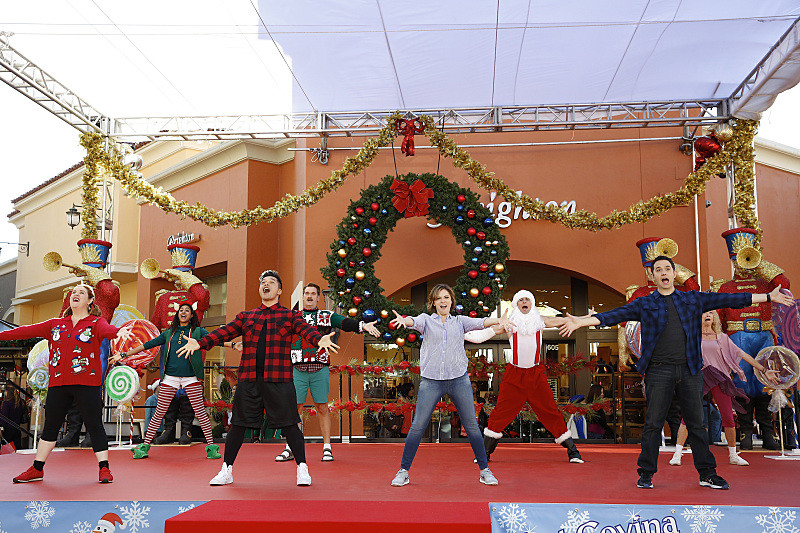 Crazy Ex-Girlfriend cast dance on stage during California Christmas Time