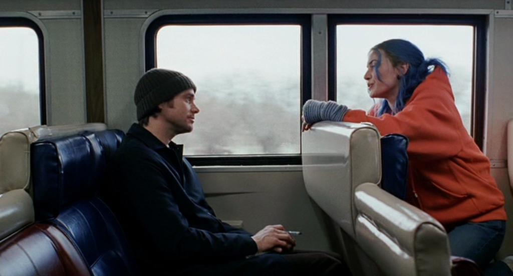 Clementine and Joel start talking on a train