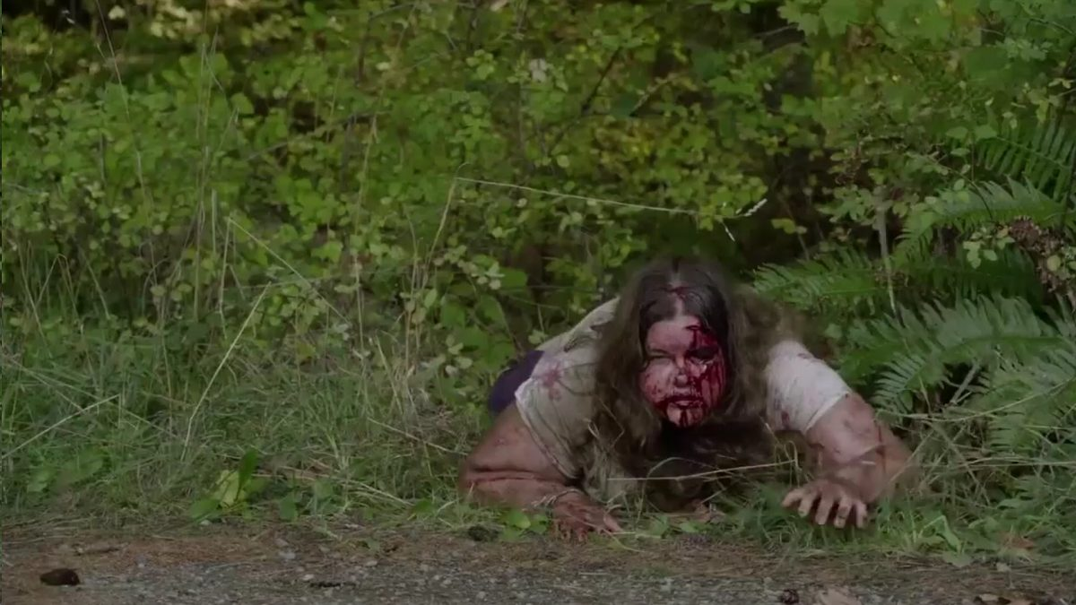 Twin Peaks Part 11 - A beat up Miriam crawls on her hands and knees out of the woods