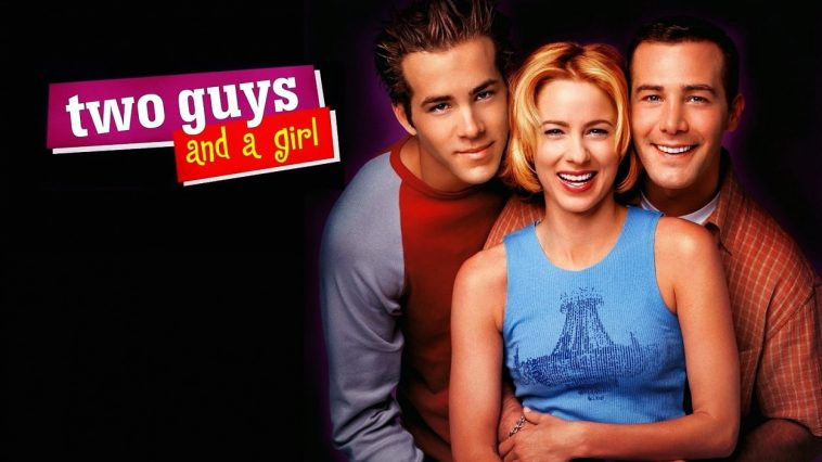 The cast of Two Guys, Two Girls and a Pizza Place poses for a promo photo