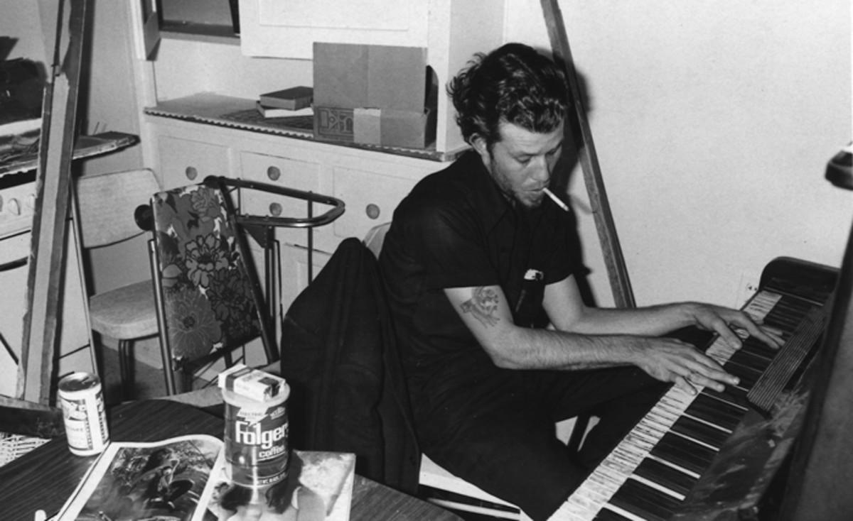 Tom Waits at the piano