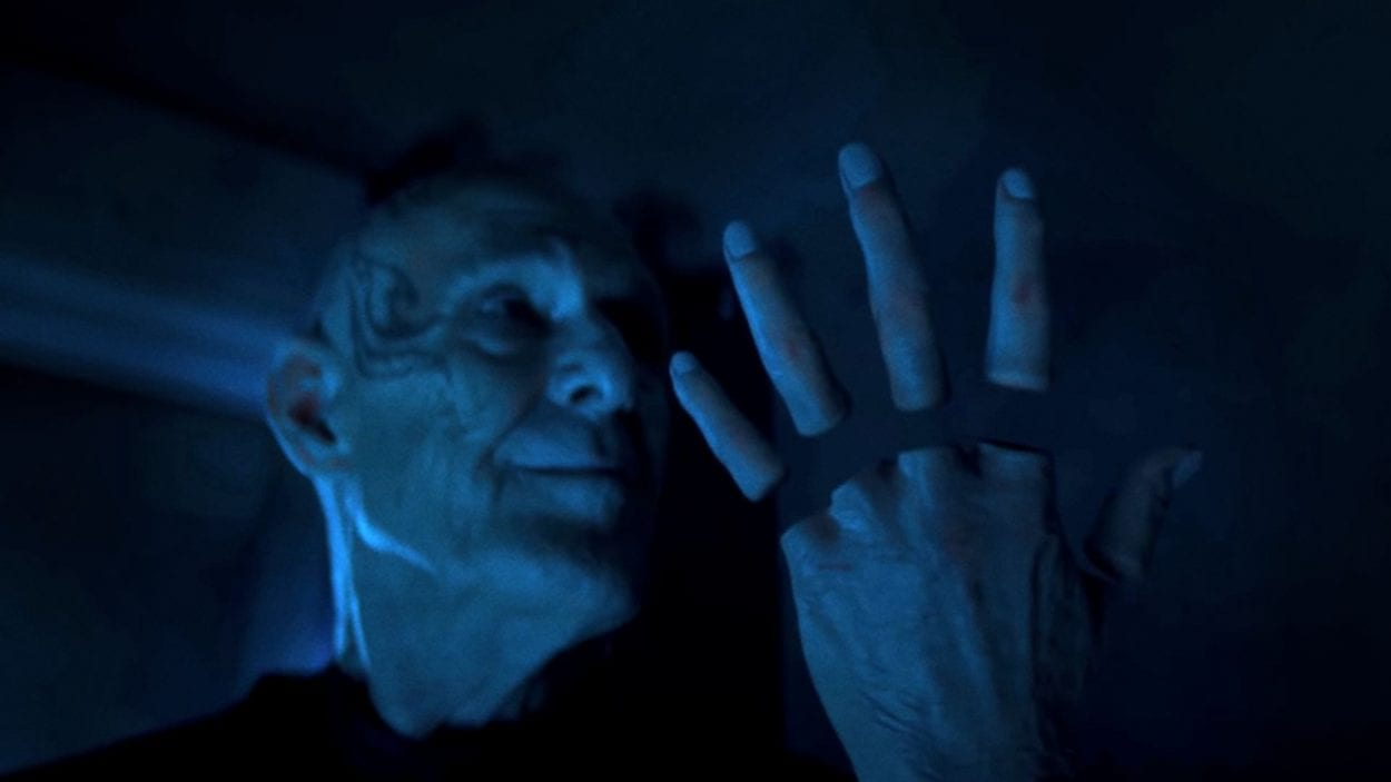"Zellin looks at his detached fingers in Doctor Who S12E7 ""Can You Hear Me?"""