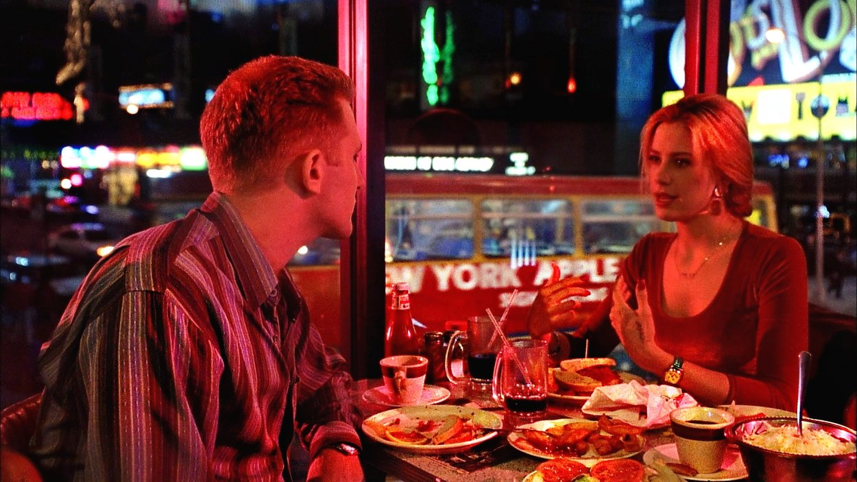 Linda Ash and Kevin enjoy a New York meal during their first date