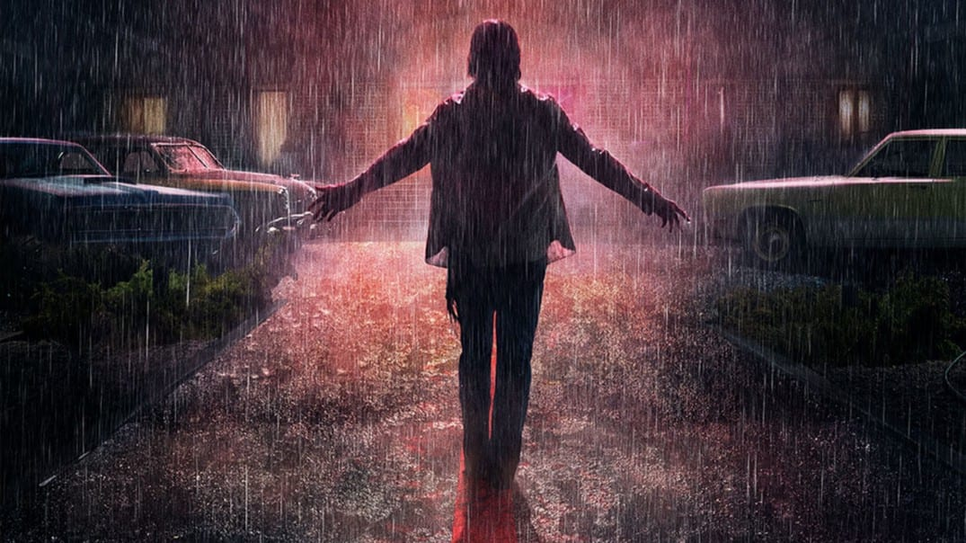 The cult leader arrives at the El Royale in the rain