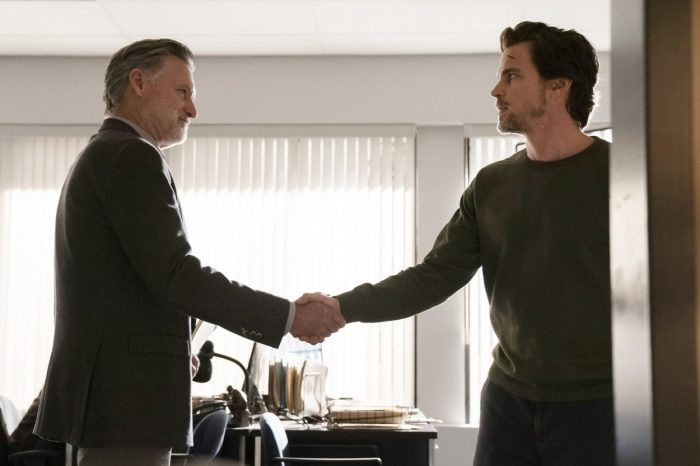 Det. Ambrose and Jamie meet for the first time in The Sinner