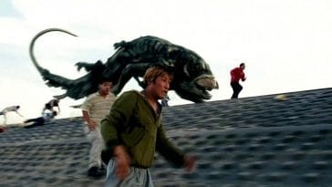 The Host gives chase as Gang-du and other people flee